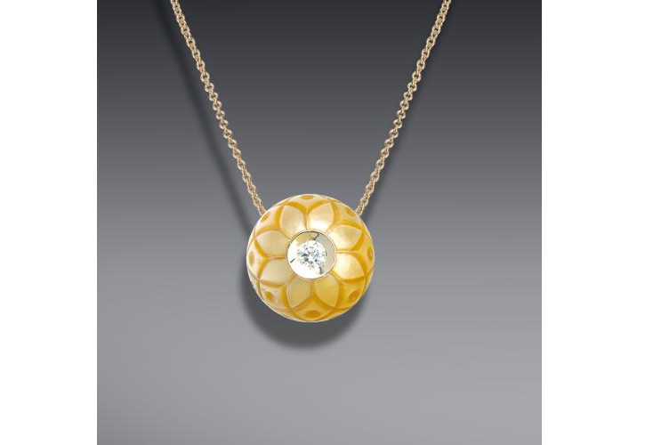 CARVED PEARL JEWELRY